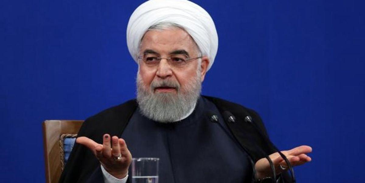 روحانی: توسعه فضای مجازی با مدیریت دولتی ممکن نیست