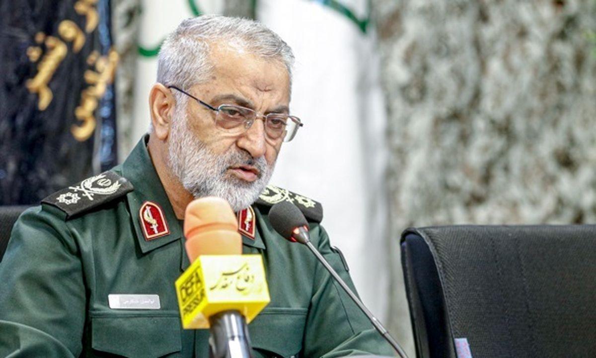 سردار شکارچی: دفاع مقدس بیمهکننده انقلاب اسلامی است