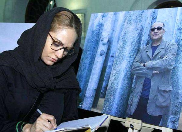 عکس مهناز افشار با یک لباس زشت و بی حجاب در کنار تیل شوایگر