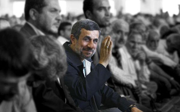 پرونده احمدینژاد همچنان بلاتکلیف است