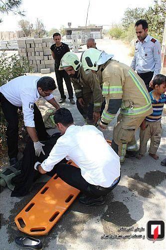 گزارش تصویری/  واژگونی وانت پیکان یک خانواده 4 نفره در راه ورامین