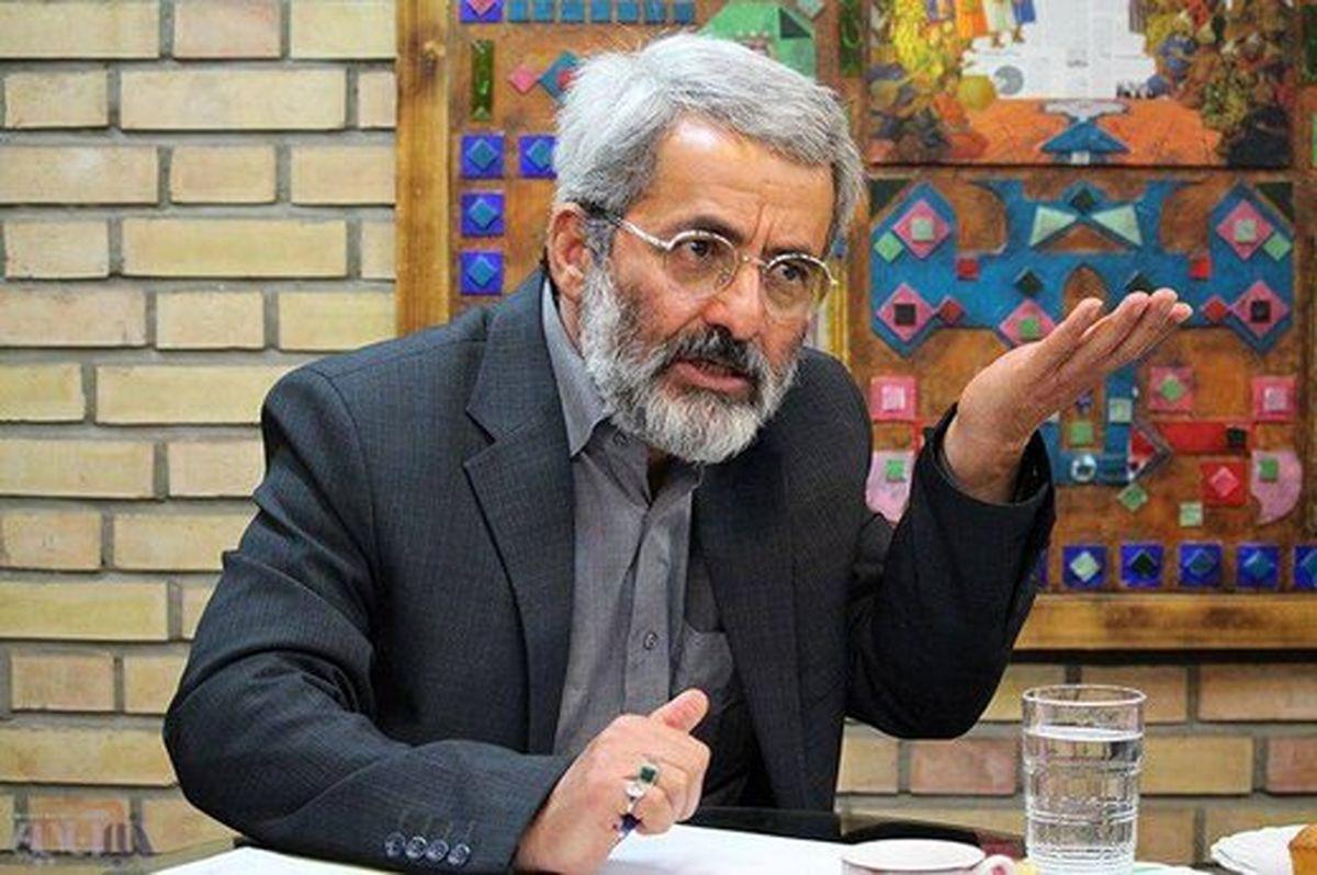 هشدار سلیمی نمین درباره عواقب استعفا یا استیضاح روحانی