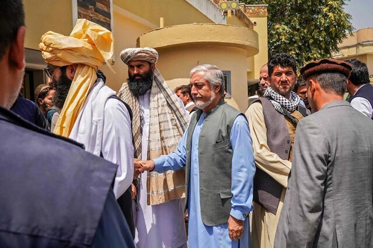 طالبان محافظان عبدالله عبدالله را خلع سلاح کردند