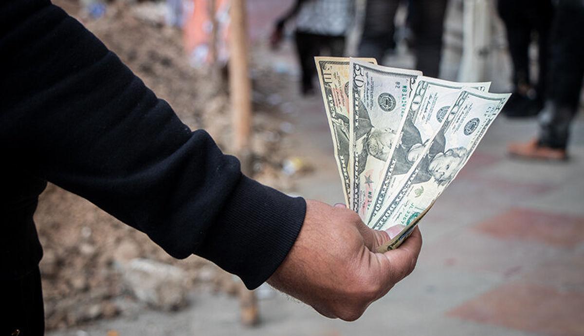 دلار ۴۲۰۰ تومانی حذف میشود؟