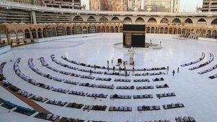 برپایی نماز در مسجد الحرام بعد از ۷ ماه تعطیلی|تصاویر