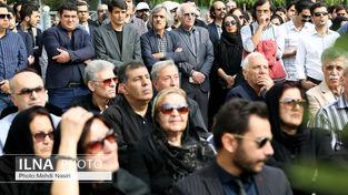 مراسم تشییع پیکر حسین دهلوی موسیقیدان فقید کشور