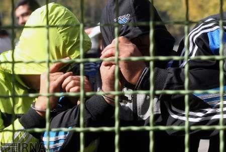 دستگیری 11 قمارباز در رشت