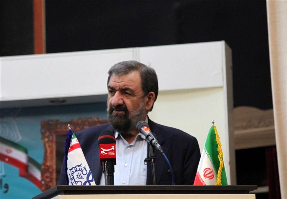محسن رضایی از جنگ سه جانبه علیه ایران خبر داد