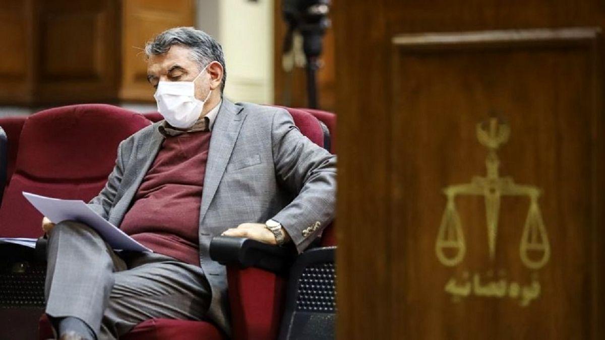 منبع آگاه: پوری حسینی به ۱۵ سال حبس محکوم شد