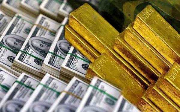 سایه دلار بر بازار طلا
