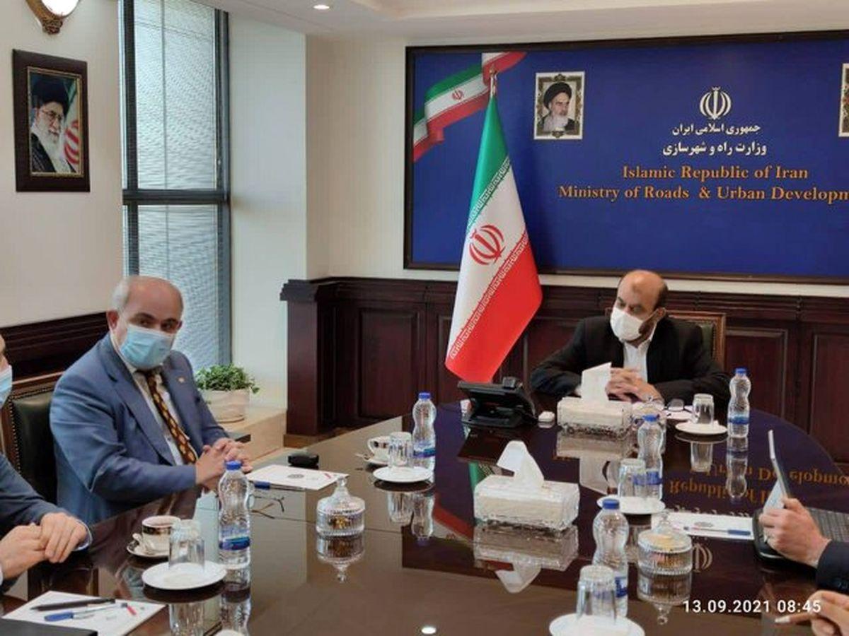 گفتوگوی سفیر روسیه در ایران با وزیر راه