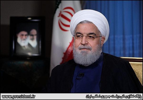 دکتر روحانی در گفت و گوی زنده تلویزیونی با مردم ایران اسلامی: مذاکره همزمان با تحریم معنا ندارد/ تحریم های آمریکا علیه کودکان و ملت ایران است/اگر دولت امریکا آماده باشد، ما هم آماده مذاکره برای دریافت بدهکاری های آنها به ملت ایران از سال 1332 هستیم/هدف ت
