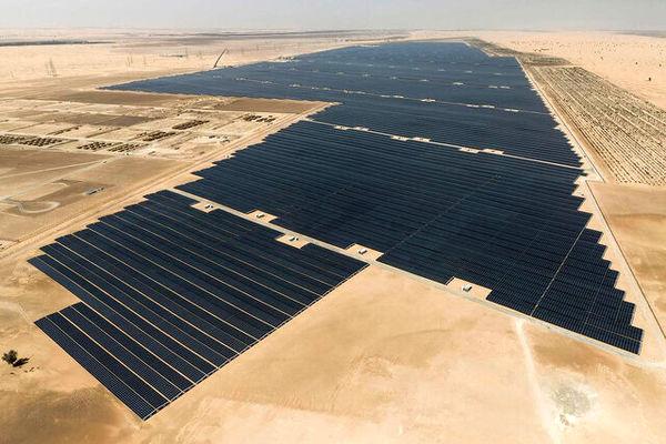 ما می توانیم برترین باشیم اما بزرگترین نیروگاه خورشیدی جهان در امارات استارت زد