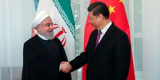 تعجب می کنم چرا از قرار داد با چین انتقاد می کنید / اقتصاد دان معروف اصلاح طلب