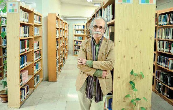 ممیزی را دور زدهام/ ادبیات کودک ایران در گفتوگو با فرهاد حسنزاده