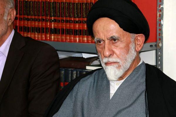 ناصر قوامی: اصلاحطلبان علم غیب نداشتند که عارف چهار سال دهانش را میدوزد