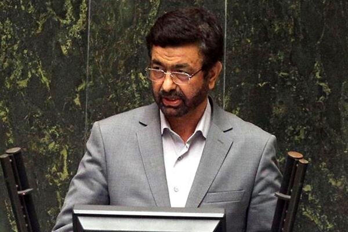نماینده زاهدان: وزیر بهداشت از مردم سیستان و بلوچستان عذرخواهی کند