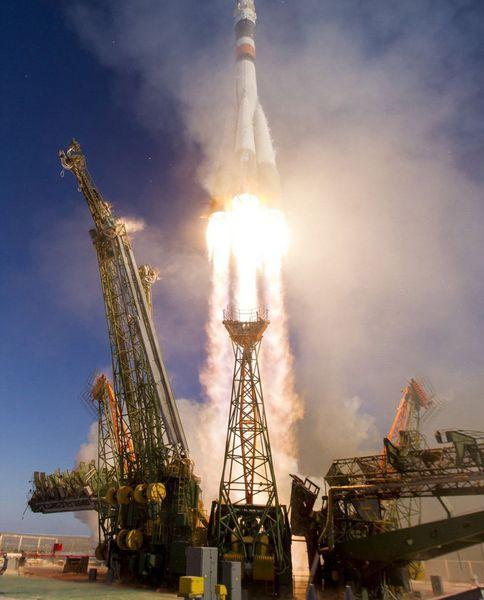 استفاده مجدد موشک حامل فضاپیما