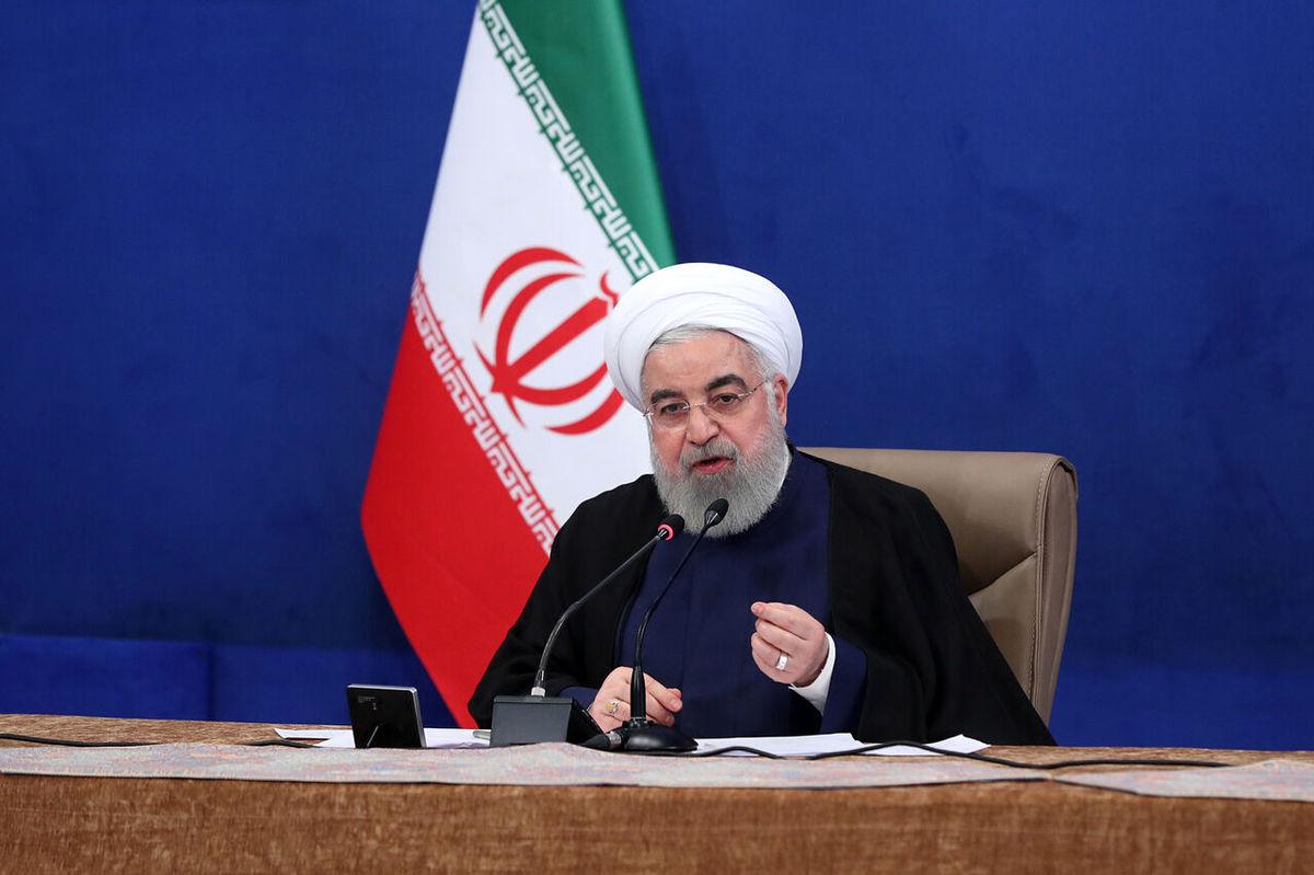 روحانی: حدود ۳۰ میلیون نفر ماهانه صد هزار تومان به مدت چهار ماه میگیرند