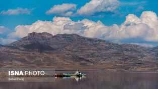 تصاویر زیبا از حال اردیبهشت ماه دریاچه ارومیه
