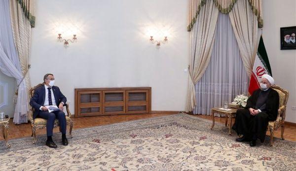 روحانی: ایران در برابر قلدری آمریکا تسلیم نمیشود