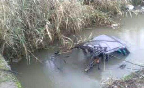 سقوط پژو 405 به رودخانه در هشترود + عکس