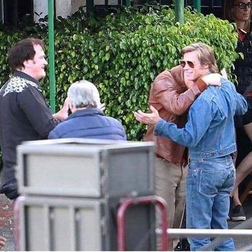 تصاویر لئوناردو دیکاپریو و برد پیت سر صحنه فیلم جدید کوئنتین تارانتینو