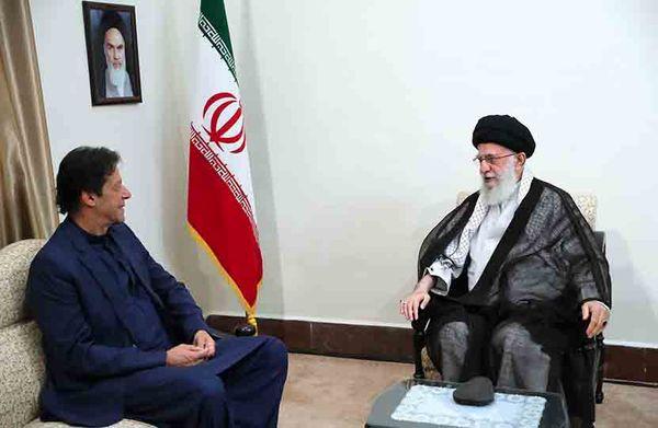 عمران خان با رهبر انقلاب اسلامی دیدار کرد