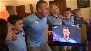 فیلم/ خوشحالی هواداران اف سی سیدنی پس از گل قهرمانی توسط قوچان نژاد