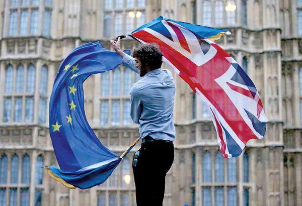 مجادله در لندن / اختلافات میان طرفداران خروج سخت و نرم  از اتحادیه اروپا  ادامه دارد