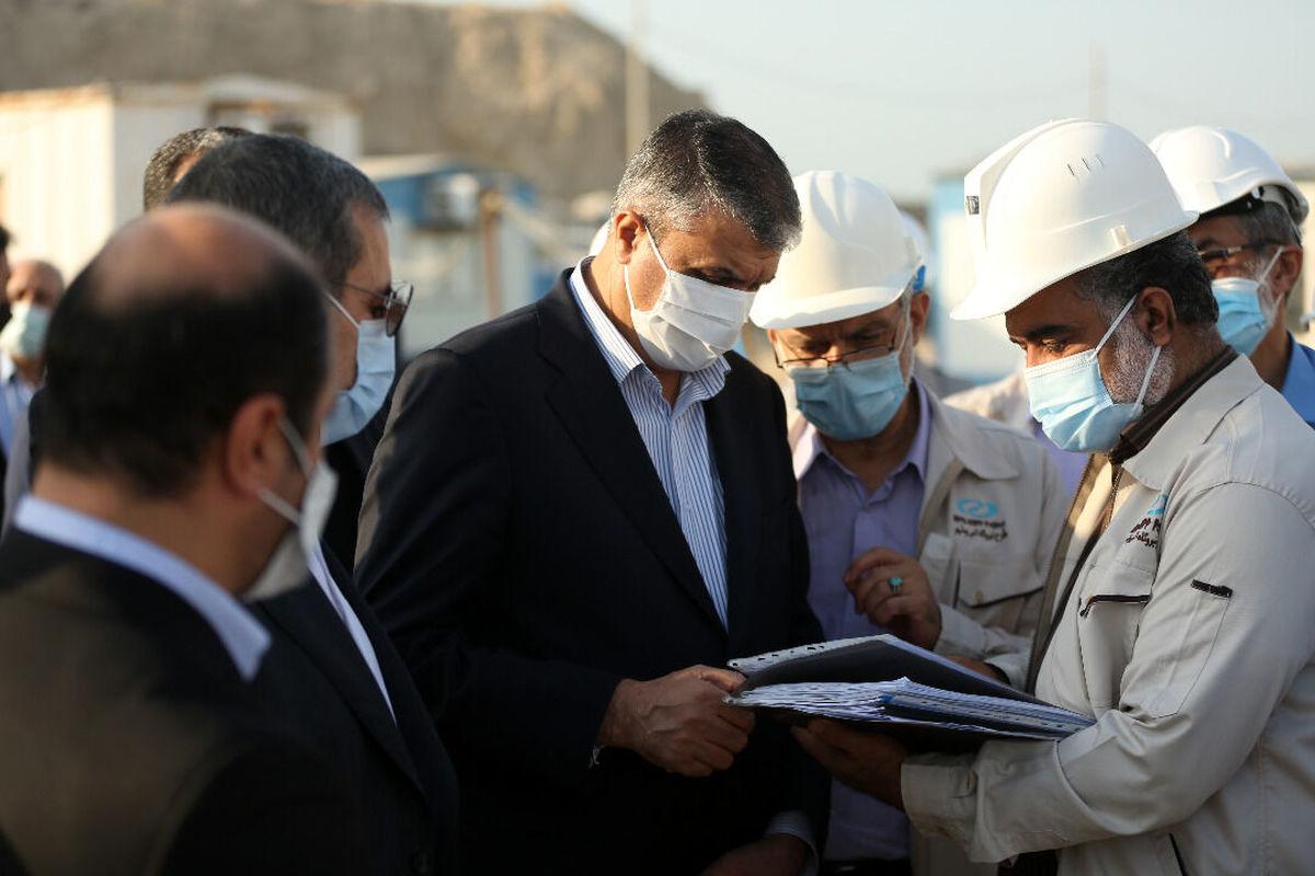 معاون رئیس جمهور از نیروگاه اتمی بوشهر بازدید کرد