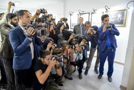 عکاسان خبری از مزایای سختی شغل خبرنگاری بهره مند شوند