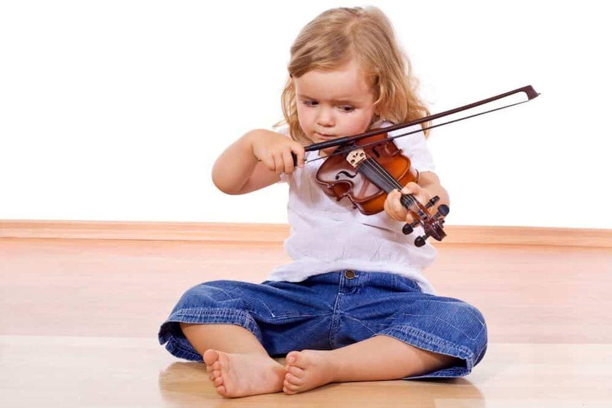 بهترین روش آموزش موسیقی به کودکان در منزل چیست؟ آموزشگاه موسیقی زانکو