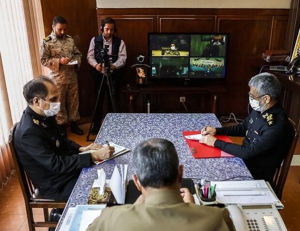 جلسه اضطراری فرمانده کل ارتش با فرماندهان؛ آغاز رزمایش پدافند بیولوژیک ارتش