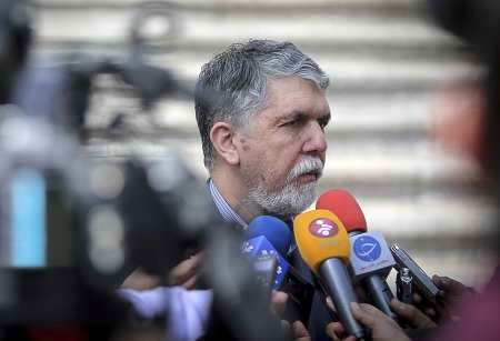 وزیر ارشاد : نمایشگاه مطبوعات امسال برگزار نمی شود