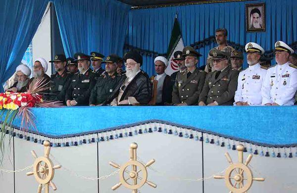 رهبر معظم انقلاب: ملت ایران از اخم آمریکا نهراسید و آن را به شکست و عقبنشینی کشاند/ تلاش دشمنان در فضای مجازی و دیگر عرصه ها مأیوسانه است
