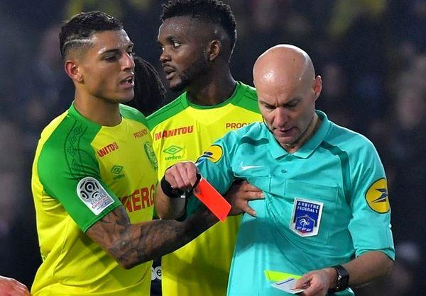 محرومیت 3 ماهه داور فرانسوی به دلیل لگد زدن به بازیکن نانت