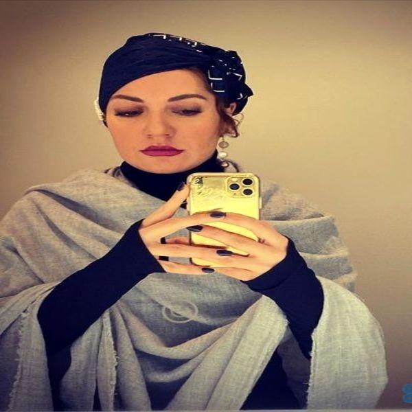 سلفی جدید مهناز افشار و گوشی گرانقیمت خانم بازیگر