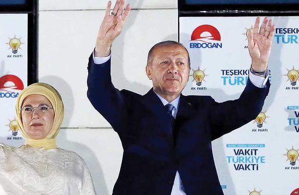 سلطان دموکراتیک