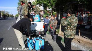 تصاویر طلبه روسی که در ایران مشغول ضدعفونی کردن شهر است