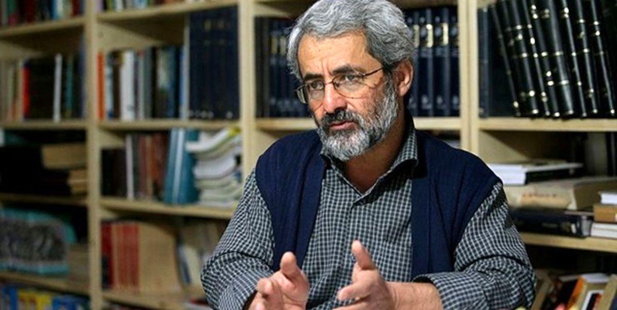 روایت جدید از دلیل حراج گذاشتن کاپشن احمدی نژاد