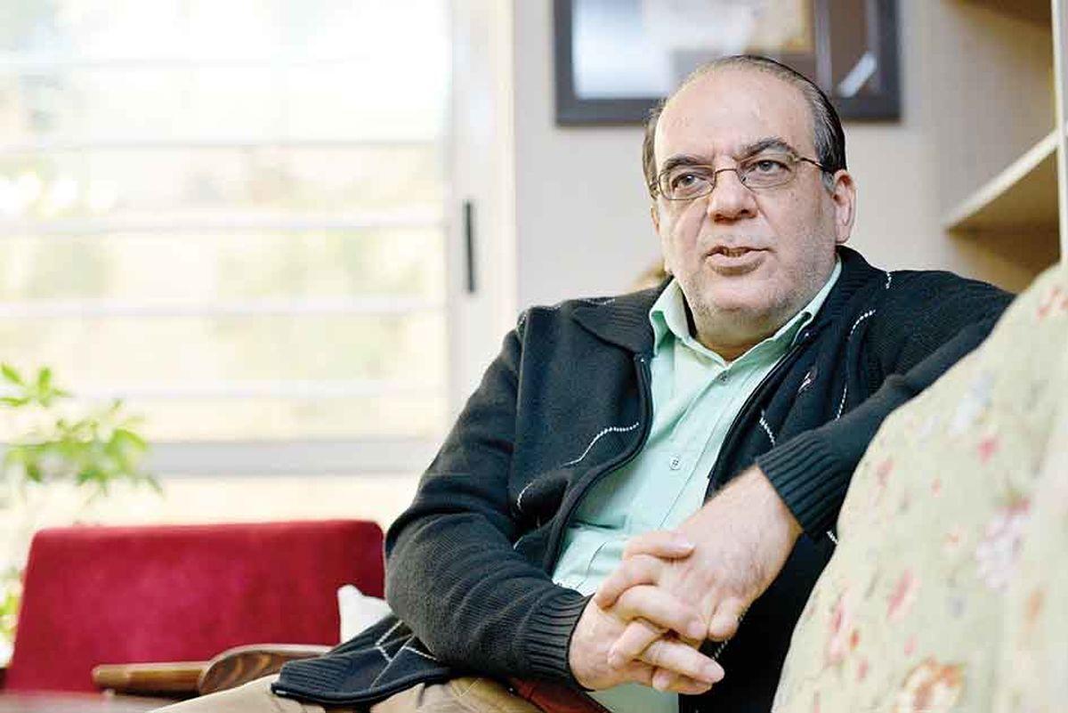 کنایه تند عباس عبدی به وزیر بهداشت