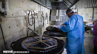 گزارش تصویری پخت غذای متبرک رضوی برای بیماران کرونایی