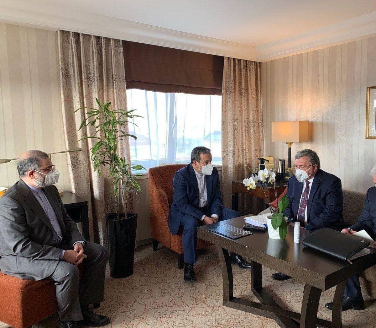 جلسه روسای هیأتهای ایران و روسیه در آستانه نشست کمیسیون برجام